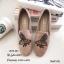 รองเท้าส้นแบนทรงสวมปักลายผึ้ง (สีดำ) thumbnail 4