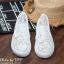 พร้อมส่ง : รองเท้าลูกไม้สไตล์ Givenchy (สีขาว) thumbnail 2
