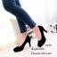 รองเท้าคัทชูหัวกลมกำมะหยี่สีดำ thumbnail 2