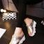 รองเท้าส้นเตารีดสไตล์แฟชั่นเกาหลีลายดาว (สีดำ) thumbnail 6