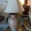 โคมไฟตั้งโต๊ะ ทำจากแจกันดินเผาด่านเกวียน แกะลายลีลาวดีทรงแจกันำ สีโคลนน้ำตาล thumbnail 1