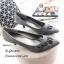 รองเท้าคัทชูปักลายดอกไม้ (สีเทา) thumbnail 3