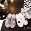 รองเท้าส้นเตารีดสไตล์แฟชั่นเกาหลีลายดาว (สีดำ) thumbnail 9