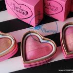 Makeup Revolution Blushing Hearts Triple Baked Blusher 10g Blushing Heart บลัชออน 3สี รูปหัวใจ สีสวย มีชิมเมอร์ละเอียดเพื่อการปัดแก้มที่มีมิติ