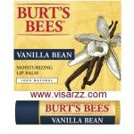 Burt's Bees Vanilla Bean Moisturizing Lip Balm 4.25g เชียร์บัตเตอร์ที่อุดมด้วยวิตามินอีช่วยเพิ่มความชุ่มชื้น พร้อมทั้งได้กลิ่นหอมอ่อนๆ ของวนิลลา
