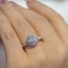 5 แบบแหวนหมั้นดีไซน์สวยตรึงใจ ยอดนิยมสำหรับคู่รัก