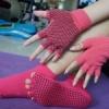 ถุงมือ ถุงเท้าโยคะ กันลื่น YKSM50-2P