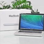 MacBook Pro 13-inch Intel Core i5 2.4GHz.Ram 4GB HDD 500GB Late 2011.