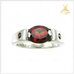 แหวนโกเมนแท้ แดงแก่ก่ำ สวยเก๋อยางมีสไตล์