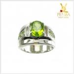 แหวนเพริดอตแท้ สีเขียวสดใบไม้อ่อน