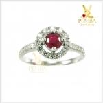 แหวนทับทิมแท้ เงินแท้ชุบทองคำขาว ล้อมเพชรCZ อย่างสวยงาม