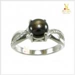 แหวน Black Star Sapphire สวยเก๋ มีเสน่ห์น่าค้นหา