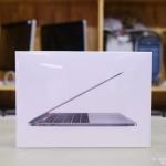 สินค้าใหม่ - MacBook Pro (13-inch, Mid 2018) Touch Bar, Space Gray - Quad-Core i5 2.3GHz RAM 8GB SSD 256GB - Warranty 1 y.