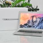 MacBook Air 13-inch Intel Core i5 1.4GHz. Ram 4GB. SSD 128GB. Early 2014