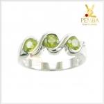 แหวนเพริดอต สีเขียวสดใส ออกแบบได้ในสไตล์ที่ชอบ