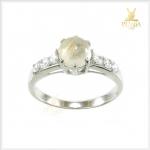 แหวนไหมทองแท้ ใส่เสริมเสน่ห์ผู้คนรักใคร่