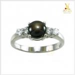 แหวน Black Star Sapphire สวยเก๋น่าค้นหา