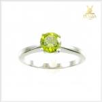แหวนพลอยเพริดอต สีเขียวสด ใส่เพิ่มเสน่ห์น่าค้นหา