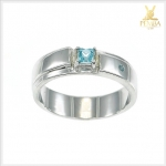 แหวนเพทายแท้ ทรงสี่เหลี่ยม สีฟ้าสดใส ประกายเพชร
