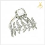 แหวนเพทายขาว ดีไซน์สวยเก๋ เพิ่มเสน่ห์บนนิ้ว