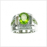 แหวนพลอยเพริดอต (Peridot)