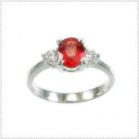 แหวนพลอยแฟนซีแซฟไฟร์ (อัญมณีประจำเดือน กันยายน)