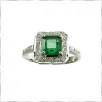 แหวนพลอยมรกต (อัญมณีประจำเดือน พฤษภาคม)