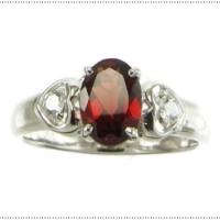 แหวนพลอยโกเมน (อัญมณีประจำเดือน มกราคม)