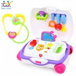 กระเป๋าเดินทางล้อลากสำหรับคุณหมอตัวน้อย Huile Toys Carry-Along-Suitcase (Doctor)