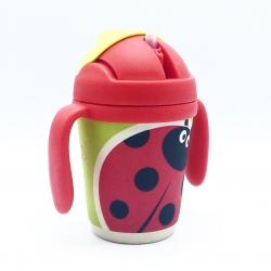 แก้วบรรจุเครื่องดื่มแบบหลอดพร้อมมือจับชนิดปลอดสารพิษ Yookidoo Natural Bamboo Fibre Straw Cup (Ladybug)