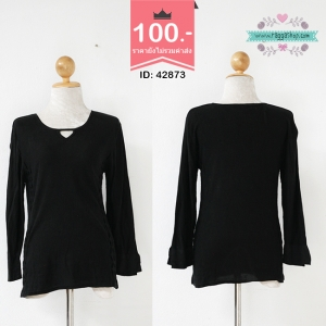 42873 size38 เสื้อไหมพรมสีดำ