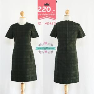 (ID 4280 จองคะ) 42423 size34-32-36 เดรสสีดำผ้าทอลาย