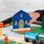 โต๊ะกิจกรรมสำหรับเลโก้พร้อมชุดรถไฟ Kidkraft 2-in-1 Activity Table with LEGO-Compatible Board and Train Set (Espresso) thumbnail 6