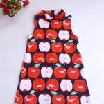 Mini dress คอเต่า ทรงสวิง ชายตรง ซิบหลัง ผ้ามิลิน ลายแอ๊ปเปิ้ล พื้นสีดำ