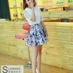 พร้อมส่ง fashion import chicysetเกาหลี เสื้อ+กระโปรง สไตล์เซเลป งานป้ายเกาหลีนำเข้า สวยหรูตามแบบเป๊ะค่ะ เซ็ตนี้เสื้อสวยมาก เสื้อผ้าแก้วนิ่มสีขาวทึบแสงคอปก แต่งคลุมด้วยผ้าลูกไม้ถักหนาลายสวยมาก ดูไฮสุดๆ กระโปรงผ้าไหมญี่ปุ่ม หนานิ่มลื่นเงาไม่แข็ง มีซิบซ่อนด้
