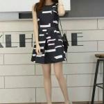 Fashion import แฟชั่นนำเข้า Detail : Dress ผ้าไหมเกาหลี แขนกุด ผ่าVซิบหลัง ลายกราฟฟิคขาวดำ น่ารักมาก งานป้าย เหมือนแบบ คุณภาพดี