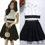 พร้อมส่ง fashion import chicysetเกาหลี เสื้อ+กระโปรงสีดำ สไตล์เซเลป งานป้ายเกาหลีนำเข้า สวยหรูตามแบบเป๊ะค่ะ เสื้อแขนกุด ซิบมุกสวยหรูด้านหลัง ซิบสามารถแยกออกจากกันได้หมด มาพร้อมกับกระโปรงทรงเอ จีบทวิต สม็อคเอว ทั้งชุดเป็นผ้ามอสเครปพริ้วทิ้งตัวดี ใส่ปาร์ตี้