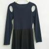 Mini dress เสื่อผ้าร่องหนายืด แขนยาว เจาะเปิดไหล่ สีกรม ต่อด้วย กระโปรงทรงสวย สีดำ น่ารักค่ะ