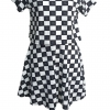 Mini dress สีขาวดำ ผ้ายืด ดีไซน์เหมือนสองชิ้น แต่ด้านในเย็บติดกัน เนื้อผ้ายืดได้เยอะ ใส่ง่ายค่ะ อก36-40 เอว32-36 สะโพก48 ยาว32 วงแขน20