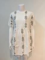 เสื้อคลุมท้องทรงยาวเนื้อผ้าเป็นผ้าฝ้ายระบายอากาศได้ดี