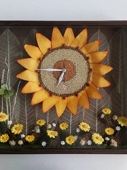 ของขวัญปีใหม่เก๋ๆ นาฬิกาติดผนังแฮนด์เมดตกแต่งบ้าน รุ่นดอกทานตะวันใหญ่ตกแต่งด้วยเมล็ดธัญพืช
