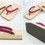 Slim Geta-04 รองเท้าเกี๊ยะแบบเรียบไม้ธรรมชาติ เชือกสีบานเย็นอ่อน thumbnail 5