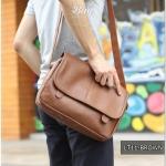 กระเป๋าสะพายข้าง หนัง PU สีน้ำตาล | LT11