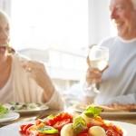 4 ประเภทอาหารผู้สูงอายุ ที่ดีมีอะไรบ้าง?:สารอาหารที่ควรเสริมในผู้สูงวัย