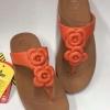 fitflop new florettamหนีบ2ดอกกุหลาบสีส้ม /น้ำตาล 490 บาท