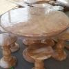 โต๊ะหินอ่อนสีชมพูลายทองขนาด 110 เซนติเมตร โต๊ะสูง 80 เซนติเมตร