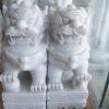สิงโตปักกิ่งแกะสลักจากหินอ่อน ขนาดสูง 40 ยาว 28 กว้าง 16 เซนติเมตร