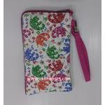 กระเป๋า ใส่โทรศัพท์ นารายา ผ้าคอตตอน พื้นสีขาว ลายช้าง ( กระเป๋านารายา กระเป๋าผ้า NaRaYa )
