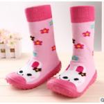 รองเท้าหัดเดินแบบถุงเท้าพื้นยาง