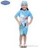 (สำหรับเด็กอายุ 6เดือน-14 ปี) Swimsuit for Girls ชุดว่ายน้ำ เด็กผู้หญิง Disney Frozen Fever ชุดบอดี้สูทซิบหน้า สีฟ้า เสื้อแขนยาวกางเกง สกรีนลาย เจ้าหญิง อันนา เอลซ่า มาพร้อมหมวกว่ายน้ำและถุงผ้า สุดน่ารัก ใส่สบาย ดิสนีย์แท้ ลิขสิทธิ์แท้